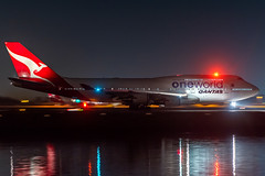 VH-OEF QANTAS Boeing 747-438(ER) Sydney Airport SYD/YSSY 8/6/2019 (TonyJ86) Tags: vhoef oneworld qantas qantasairways qfqfa boeing 747 747400 747438 747438er b744 b747 night nightphotography lowlight afterdark beacon jumbo jumbojet queenoftheskies queen flyingkangaroo panshot pan widebody quadjet aircraft aviation airliner airplane aeroplane plane passenger jet jetliner jetaircraft jetplane passengerplane passengerjet international departure takeoff rotate flight fly airport syd yssy sydneyairport sydneykingsfordsmith sydney nsw newsouthwales australia planespotting avporn aviationporn avgeek travel nikon d750 nikond750 vehicle outdoor water beach aviationphotography tamronsp150600mmf563divcusdg2 tamron airtravel