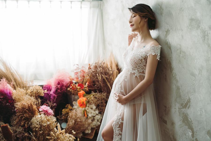 48024396431 cb5a297b3b o 台南攝影棚孕婦寫真