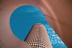 jetter un oeil par le trou de la serrure (an to nin) Tags: bleu ciel orange traitementcroisé building immeuble gratteciel partdieu architecture étage