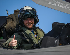 Royal Navy Commander Nathan Gray RN, gives the thumbs up. (aeroman3) Tags: aerial aircraftcarrier atlanticnorth csg carrierstrikegroup f35b f35 fastjet firstlanding itf integratedtestforce jsf lightning queenelizabeth surfaceship takeoff westlant18 northatlantic