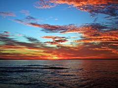 Colores del amanecer (Antonio Chacon) Tags: andalucia amanecer marbella mar mediterráneo malaga españa spain sunrise sol