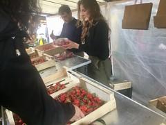 Marche, fraises (Paris Breakfast) Tags: marche fraises