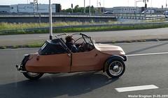 Velorex 16/250 1961 (Wouter Bregman) Tags: ar5382 velorex 16250 1961 threewheeled car czech republic czechoslovakia nederland netherlands paysbas vintage old classic auto automobile voiture ancienne holland tsjechoslowakije československo tchécoslovaquie tchèque tsjechië