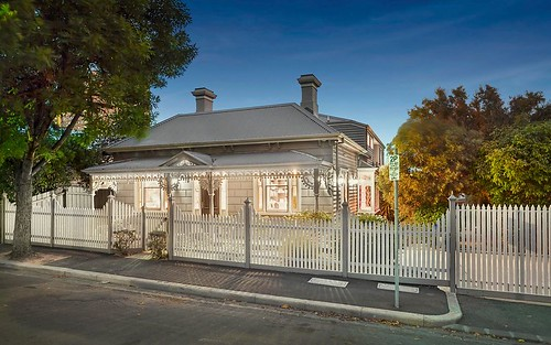 11 Nottingham St, Kensington VIC 3031