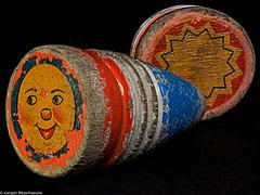 Macro Mondays - Childhood Toys - Peitschenkreisel (J.Weyerhäuser) Tags: 13jahrhundert childhoodtoys doppisch hmm macromondays peitschenkreisel spielzeug historisch