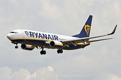 EI-EMP Boeing 737-8AS Ryanair PMI 28-05-19 (PlanecrazyUK) Tags: lepa sonsantjoanairport aeroportdesonsantjoan palmademallorcaairport eiemp boeing7378as ryanair pmi 280519