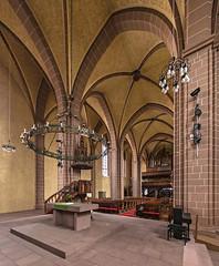 Münsterkirche Sankt Alexandri in Einbeck (ulrichcziollek) Tags: niedersachsen einbeck münstrerkirche gotik gotisch kirche kirchenschiff hallenkirche