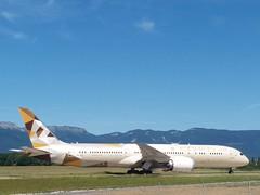 Etihad Airways Boeing 787-9 Dreamliner at Geneva international airport. Aircraft registration: A6-BLA (phanphuongphi) Tags: etihad etihadairways boeing boeing787dreamliner boeing7879 boeing787 boeing7879dreamliner dreamliner b789