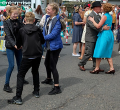 XPRO7019-1 Brighouse 1940's weekend June 1st 2019 (Lawrence Holmes.) Tags: fuji xpro1 xf1855mmf284rlmois streetphotography street brighouse brighouse1940sweekendjune1st2019 brighouse1940sweekend nostalgia ww2 fashion dancing calderdale westyorkshire uk lawrenceholmes