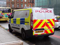 6378 - GMP - LJ19 TCV - 101_3059 (Call the Cops 999) Tags: uk gb united kingdom great britain england 999 112 emergency service services vehicle vehicles police policing constabulary law and order enforcement 101 gmp greater manchester ford transit cell van lj19 tcv