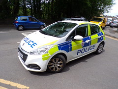 6391 - Derbys Const - FY66 BYH - 101_3071 (Call the Cops 999) Tags: uk gb united kingdom great britain england 999 112 emergency service services vehicle vehicles police policing constabulary law and order enforcement 101 derbyshire glossop station open day saturday 1 june 2019 fire