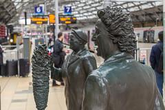 Still funny (Philip Brookes) Tags: kendodd statue bessiebraddock limestreet railway station train sculpture merseyside liverpool england britain