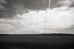 Trainée (Atreides59) Tags: nord france ciel sky nuages clouds nature black white blackandwhite bw noir blanc nb noiretblanc pentax k30 k 30 pentaxart atreides atreides59 cedriclafrance