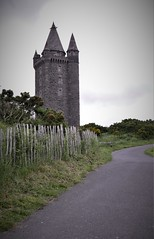 Skrabo Tower (roomman) Tags: 2019 ireland ulster down county northern northernireland game thrones throne gameofthrones hbo series film movie location filming set landscape nature skrabo tower high king games