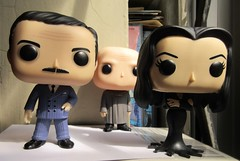 Gomez and Morticia Addams with Uncle Fester 0592 (Brechtbug) Tags: gomez with morticia addams uncle fester funko pop figure halloween family big head figures vinyl tv series from 1965 1960s charles chas cartoon cartoonist eccentric island lost souls holiday evil mad scientist creature vamp man monsters toy toys bobble heads 2019 june