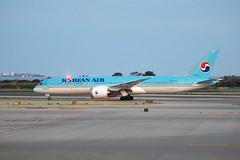 HL8083_20160603_BCN_51265_M (Black Labrador13) Tags: hl8083 boeing 787 7879 dreamliner korean air bcn lebl avion plane aircraft vliegtuig airliners civil