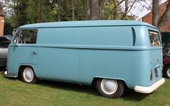 EGU 558H (Nivek.Old.Gold) Tags: 1970 volkswagen transporter van 1600cc earlybay