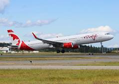 C-FJOK Air Canada Rouge Airbus A321-211@YYJ 08Jun19 (Spotter Brandon) Tags: cfjok rouge aircanadarouge takeoff airbus a321 a321200 a321211 yyj cyyj victoria