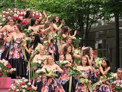 Grand Floral Parade, 4 (Kanikoski) Tags: usa oregon portland grandfloralparade parade flowers