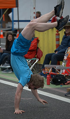 Handstand Walker (Scott 97006) Tags: guy man handstand gymnastic strength coordination shorts