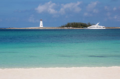 Natural Framing (Pavlo Kuzyk) Tags: ocean beach island lighthouse boat idyll caribbean canon