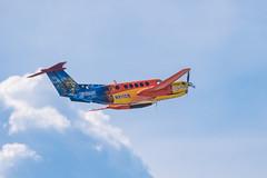 N911CM Beechcraft B200 King Air (Lynn Tweedie) Tags: childrensmercy wheelerdowntownairport blue 7dmarkii missouri plane sigma150600mmf563dgoshsm wing sky canon beechcraftkingair tail clouds