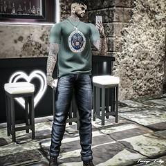 Selfie at the Heart Bar... (Tonny Rey) Tags: fkd men clothing airforce jeans blog