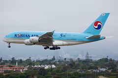Korean Air | Airbus | A380-861 | HL7612 (TFG Lau) Tags: klax lax losangeles airplane aeroplane aircraft aviation plane planespotting spotting canon canoneos canon5dmarkiii eos eos5dmarkiii ahkgapworldwide koreanair kal ke airbus a380 a388 hl7612 skyteamalliance skyteam
