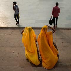 2 by 2 (SaumalyaGhosh.com) Tags: two four india benaras varaasi street streetphotography fuji fujifilm xt2 color wimen sari