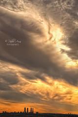 (145/19) Entre el cielo y la tierra hay algo (Pablo Arias) Tags: pabloarias photoshop ps capturanxd photomatix españa nubes cielo arquitectura torres paracuellos madrid