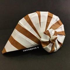 Origami Time! Navel Shell By Tomoko Fuse 23/52 #おりがみ #春  #Origami #Paper #Foldedbyme #Foldoftheday #Instaorigami #Spring #Sunday #Jun #09 #2019 #ElParaiso #Caracas #Venezuela #日本 #中國 #대한민국 #Uk #Deutsche #Россия #Ελλάς #chicoquick (chicoquick) Tags: おりがみ 春 origami paper foldedbyme foldoftheday instaorigami spring sunday jun 09 2019 elparaiso caracas venezuela 日本 中國 대한민국 uk deutsche россия ελλάσ chicoquick