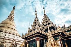 Shwedagon Pagoda in Yangon Myanmar (3)