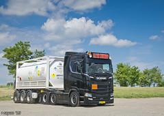 S.H. van Nieuwkoop transport (NL) (Brayoo) Tags: customized friendlydriver tank scania dutch lkw lorry transport camoin