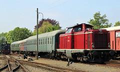 V100 (Schwanzus_Longus) Tags: bruchhausen vilesen german germany old classic vintage railroad railway diesel engine loco locomotive passenger train deutsche bundesbahn db v100 baureihe br class 211 br211