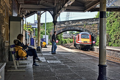 Casual Observer (whosoever2) Tags: uk united kingdom gb great britain scotland nikon d7100 train railway railroad june 2019 burntisland fife lner hst class43 station 43205 1w11 london aberdeen girl man