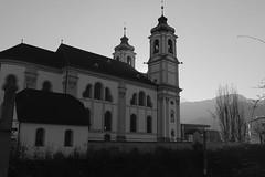 Innsbruck-2018_18 (rhomboederrippel) Tags: rhomboederrippel fujifilm xe1 november 2018 europe austria tyrolia innsbruck alps sunny cloudless wilten basilika stwilten basilica bw monochrome