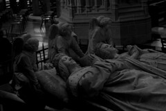 [Rest] ([ Ana ]) Tags: nantes naoned brittany bretagne bw breizh wb dead mort gestorben tombe tomb grab day cathedral kirche church église kathedrale katolisch catholique cathédrale catholic medieval duke duc photograph photographie photography photo people personnes person menschen sculpture kunst art skulptur