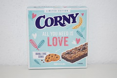 Corny All you need is Love (Like_the_Grand_Canyon) Tags: müsli riegel granola bar