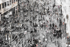|| pleasant.str || (_Jimmy_B) Tags: stuttgart nikonfx niksoftware nikond750 d750 stadt city königstrase landeshauptstadt wochenende weekend turbulent people menschen analogefex silverefex fullframe