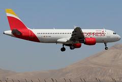 EC-LKG_03 (GH@BHD) Tags: eclkg airbus a320 a320200 a320214 aircraft aviation airliner ace gcrr arrecifeairport arrecife lanzarote ib ibe iberia iberiaexpress
