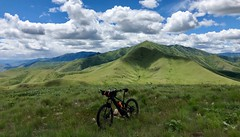 IMG_2328 (Doug Goodenough) Tags: bicycle bike cycle pedals spokes ebike trek powerfly 97 hells canyon snake river grande ronde oregon 2019 19 june spring drg531 drg53119 drg53119p drg53119plpoint dirt showers vista views sun clouds
