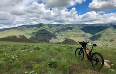 IMG_2329 (Doug Goodenough) Tags: bicycle bike cycle pedals spokes ebike trek powerfly 97 hells canyon snake river grande ronde oregon 2019 19 june spring drg531 drg53119 drg53119p drg53119plpoint dirt showers vista views sun clouds