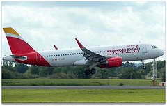 (Riik@mctr) Tags: manchester airport egcc eclus ringway airfield runway iberia express airbus a320 msn 5501