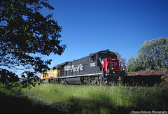 LUH47 Local (jamesbelmont) Tags: southernpacific b307 speedlettering unionpacific gp382 riverton utah draper railroad railway train locomotive