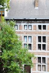 Cour Chamart / Musée de la Vie wallonne (Liège 2019) (LiveFromLiege) Tags: liège luik wallonie belgique architecture liege lüttich liegi lieja belgium europe city visitezliège visitliege urban belgien belgie belgio リエージュ льеж musée de la vie wallonne mvw cour chamart 50mm