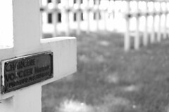 Enclos National des Fusillés (Liège 2019) (LiveFromLiege) Tags: liège luik wallonie belgique architecture liege lüttich liegi lieja belgium europe city visitezliège visitliege urban belgien belgie belgio リエージュ льеж enclos national des fusillés citadelle de résistance verzet wwi 2gm ww2 black white bnw bw blackandwhite blackwhite whiteandblack whiteblack 50mm noir et blanc noiretblanc noirblanc blancnoir wb nb noietblanc bllackwhite blackandwhitephotography chanoinemathieuvonckenaumônierdesfusillés