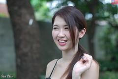 雪倫 (玩家) Tags: 2019 台灣 台北 花博公園 人像 外拍 正妹 模特兒 雪倫 戶外 定焦 無後製 無修圖 taiwan taipei portrait glamour model girl female sharon wang outdoor d40x 50mm prime