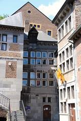 Rue Mère Dieu (Liège 2019) (LiveFromLiege) Tags: liège luik wallonie belgique architecture liege lüttich liegi lieja belgium europe city visitezliège visitliege urban belgien belgie belgio リエージュ льеж musée de la vie wallonne mvw cour chamart