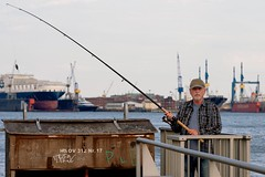 On the Docks   The Fisherman (picsessionphotoarts) Tags: nikonfotografie nikonphotography nikon nikond850 festbrennweite primelens afsnikkor85mmf18g schnappschuss snapshot hafen harbor hamburg hamburgmeineperle thisishamburg portrait portraitphotography streetportrait streetphotography angler fisher fisherman