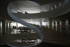 Kaisa-talo, University of Helsinki (Joshua Khaw) Tags: university light shadow finland spiral helsinki stair library space indoor study staircase feature architecture interior design kirjasto yliopisto canon eos m3